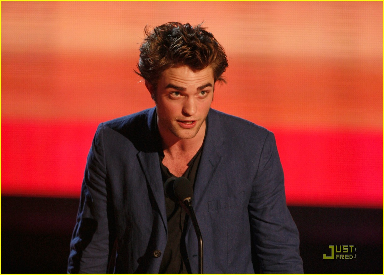 robert pattinson mtv movie awards 10