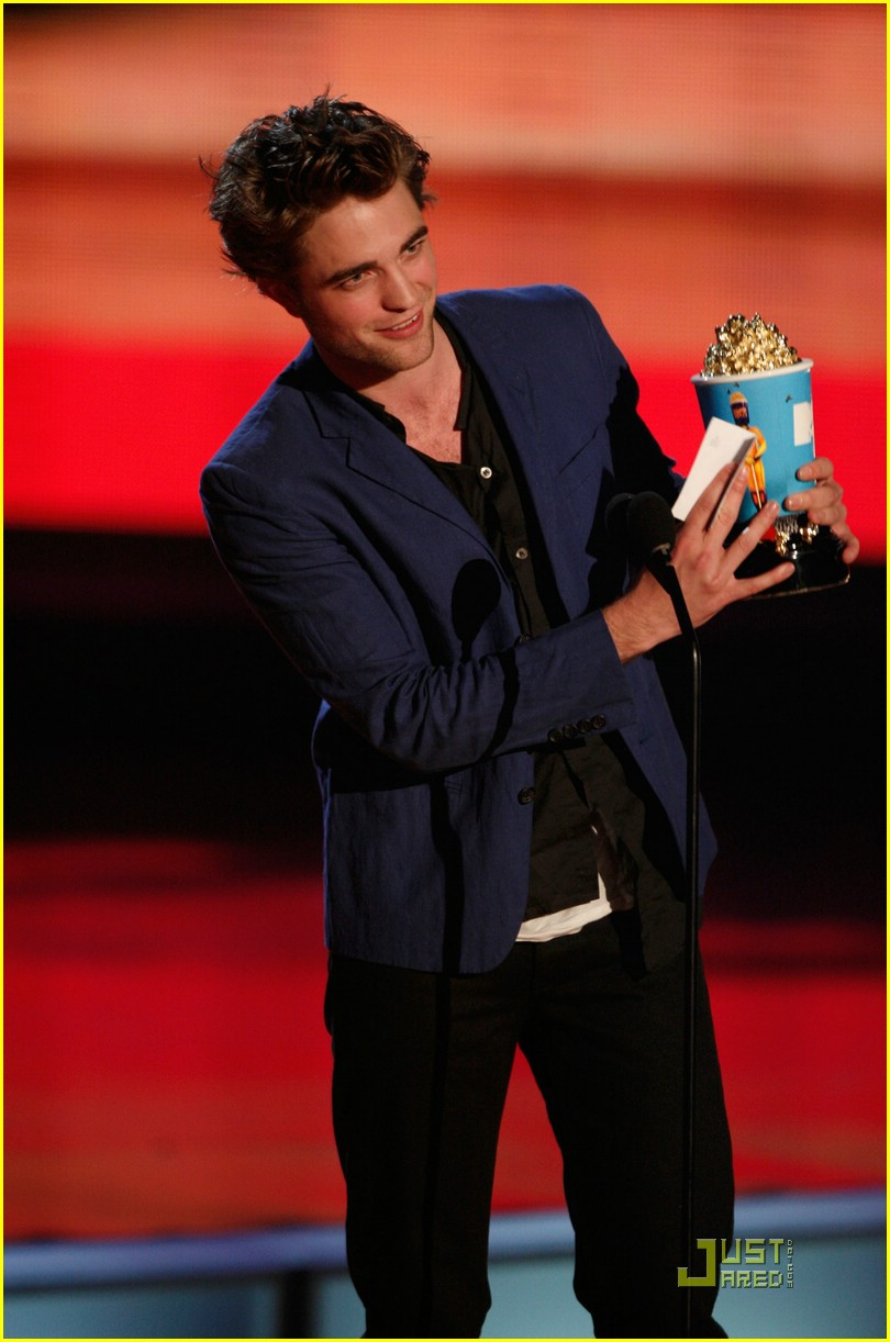 robert pattinson mtv movie awards 12