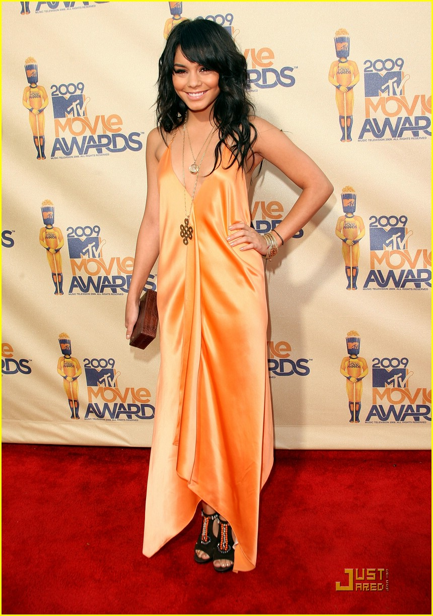 vanessa hudgens mtv movie awards 02