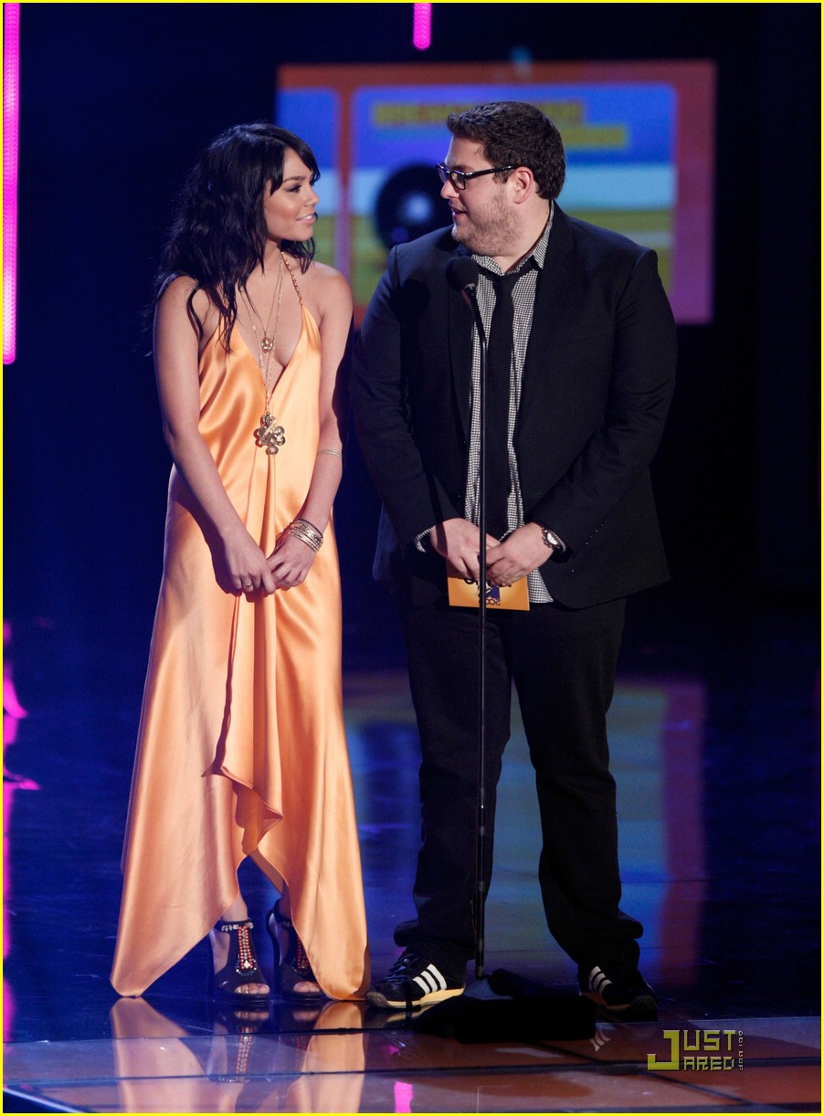 vanessa hudgens mtv movie awards 05