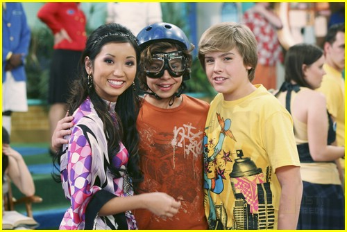 jake austin dylan sprouse bubbles 01