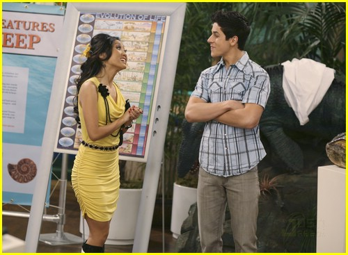 jake austin dylan sprouse bubbles 06