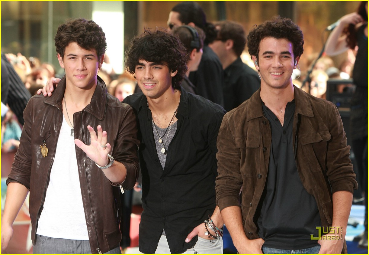 Jonas Brothers Today Jonas Brothers Today Show 09