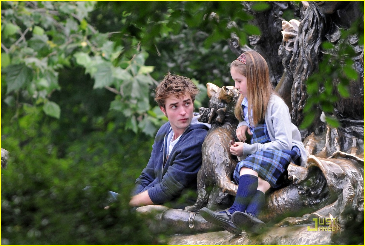 robert pattinson alice wonderland late 00
