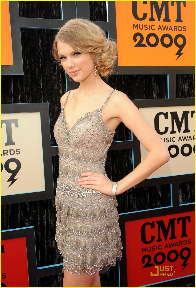 taylor swift cmt music awards 07