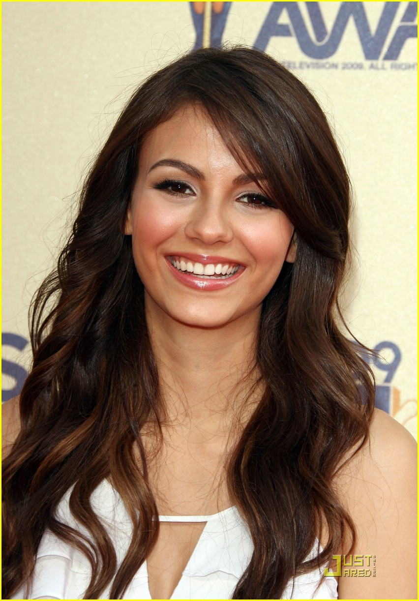 victoria justice mtv awards 01