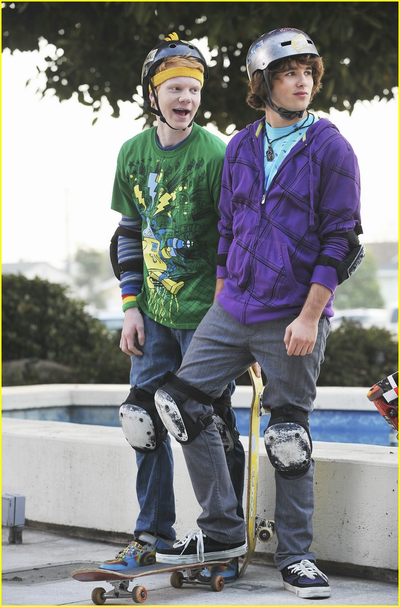 Zeke & Luther Premieres June 15! | Photo 176711 - Photo ...