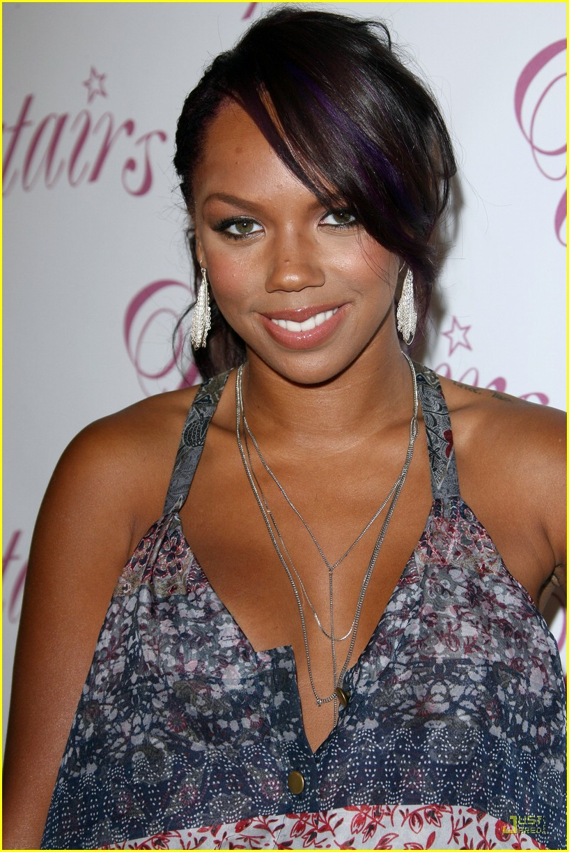 kiely williams india america pagaent 08