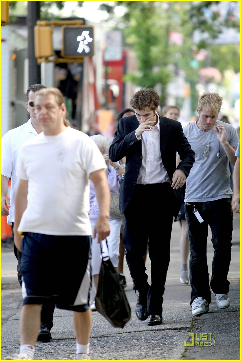robert pattinson suits up 05