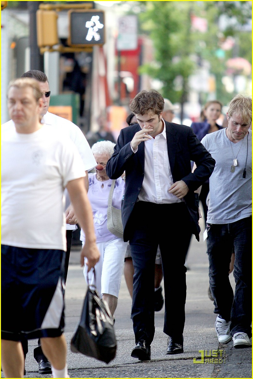 robert pattinson suits up 07