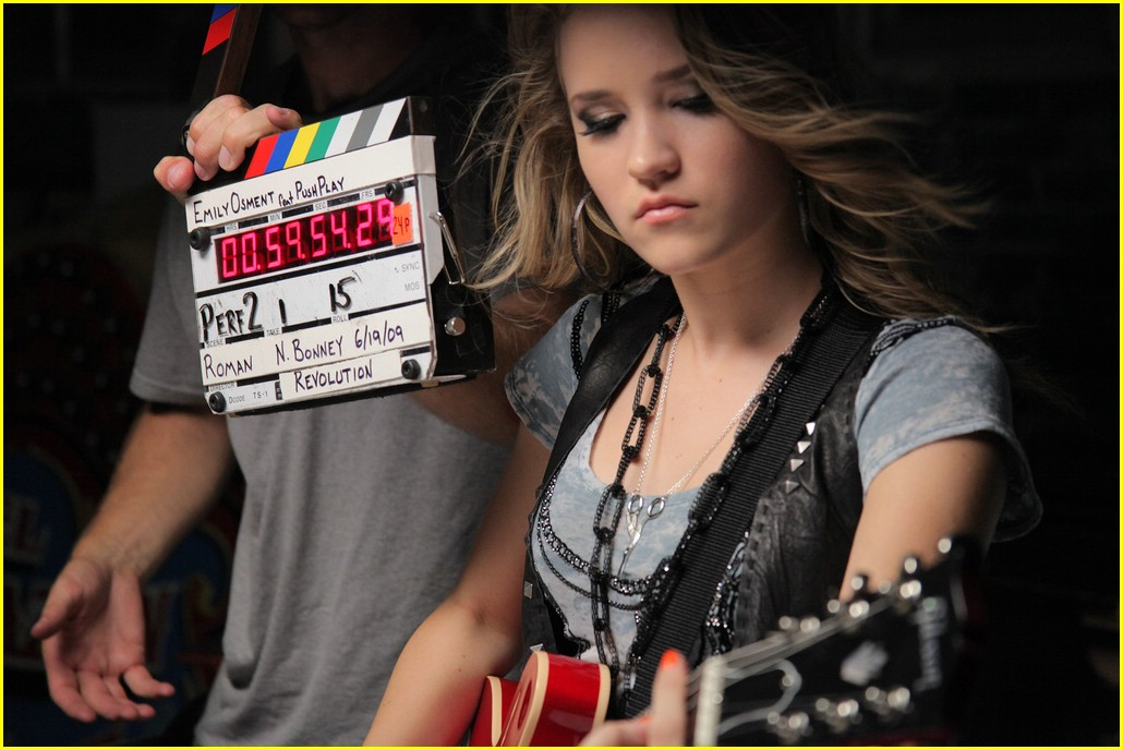 emily osment all the way up video shoot 42
