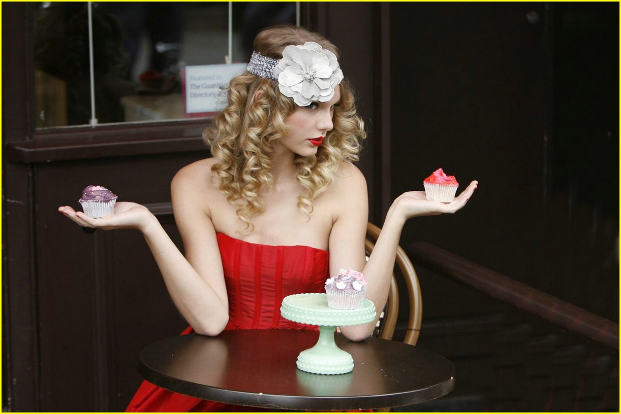 taylor swift coca cola cute 07