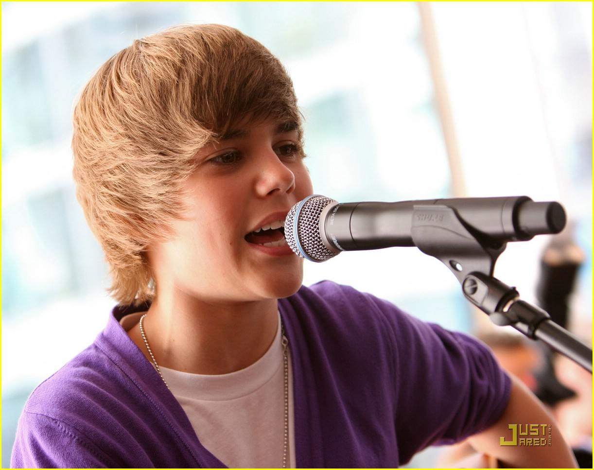 justin bieber nintendo store 11