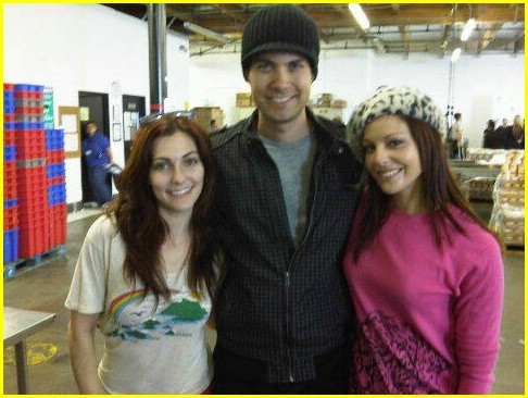drew seeley emily morris foodbank friends 01
