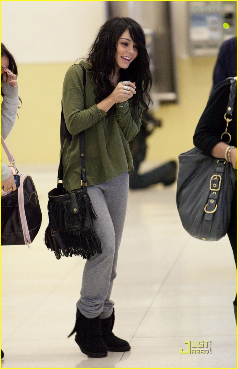vanessa stella hudgens lax 04