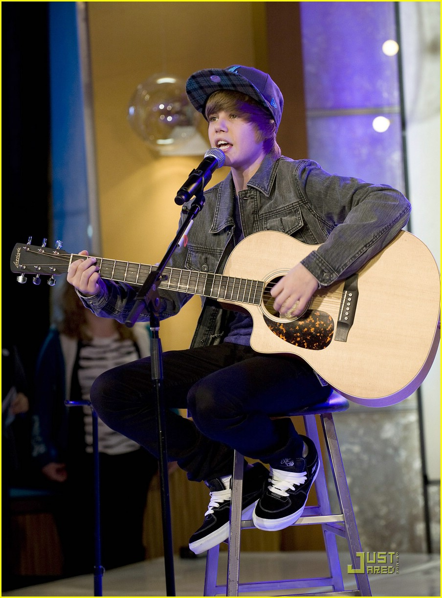 justin bieber gma sunday 11