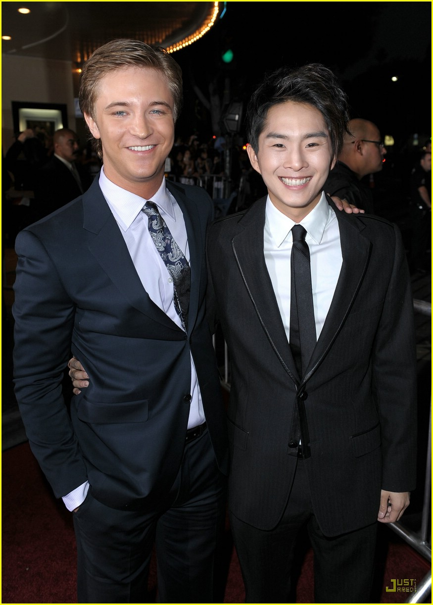 michael welch justin chon new moon 01