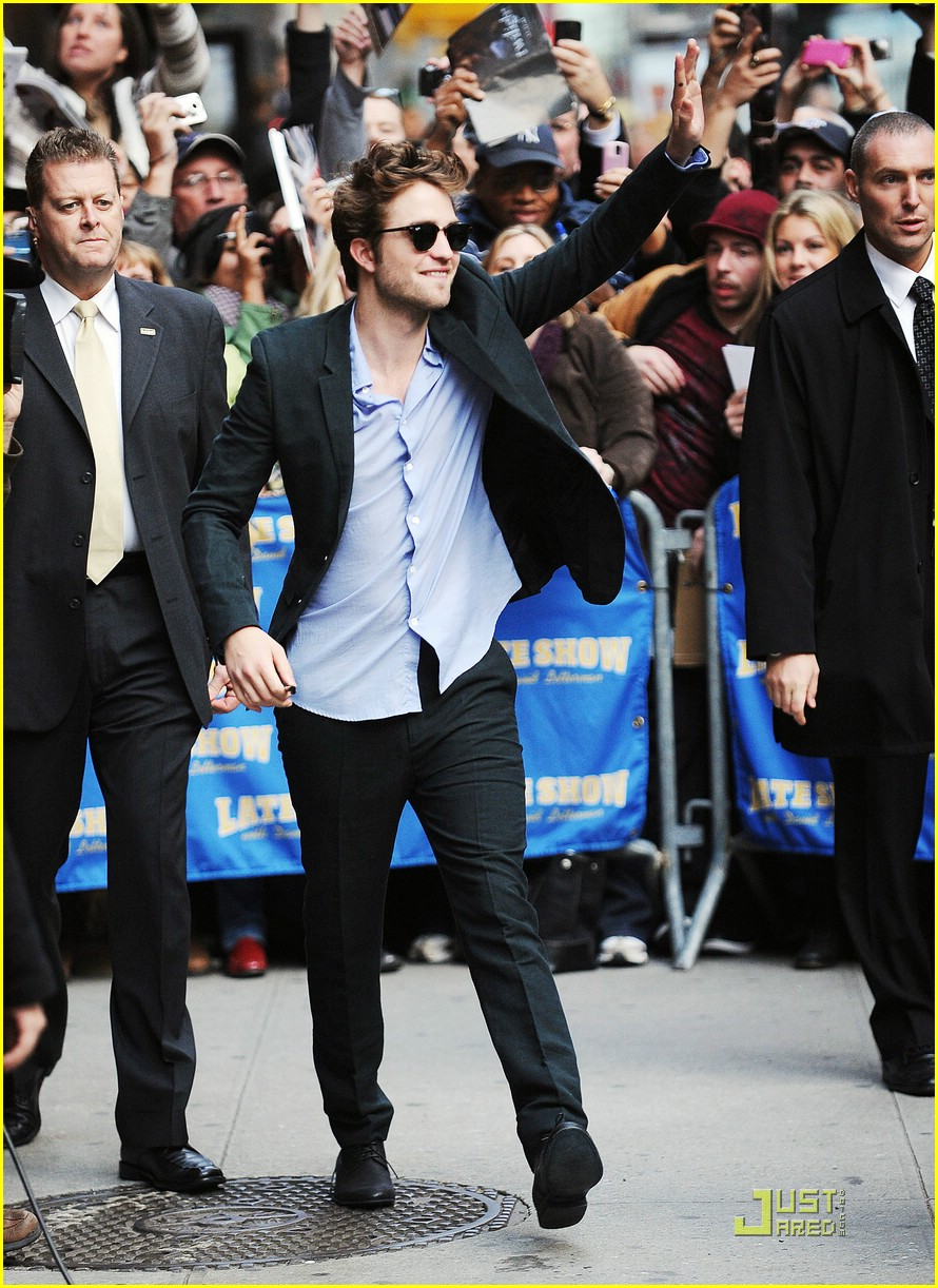 robert pattinson block buster 08