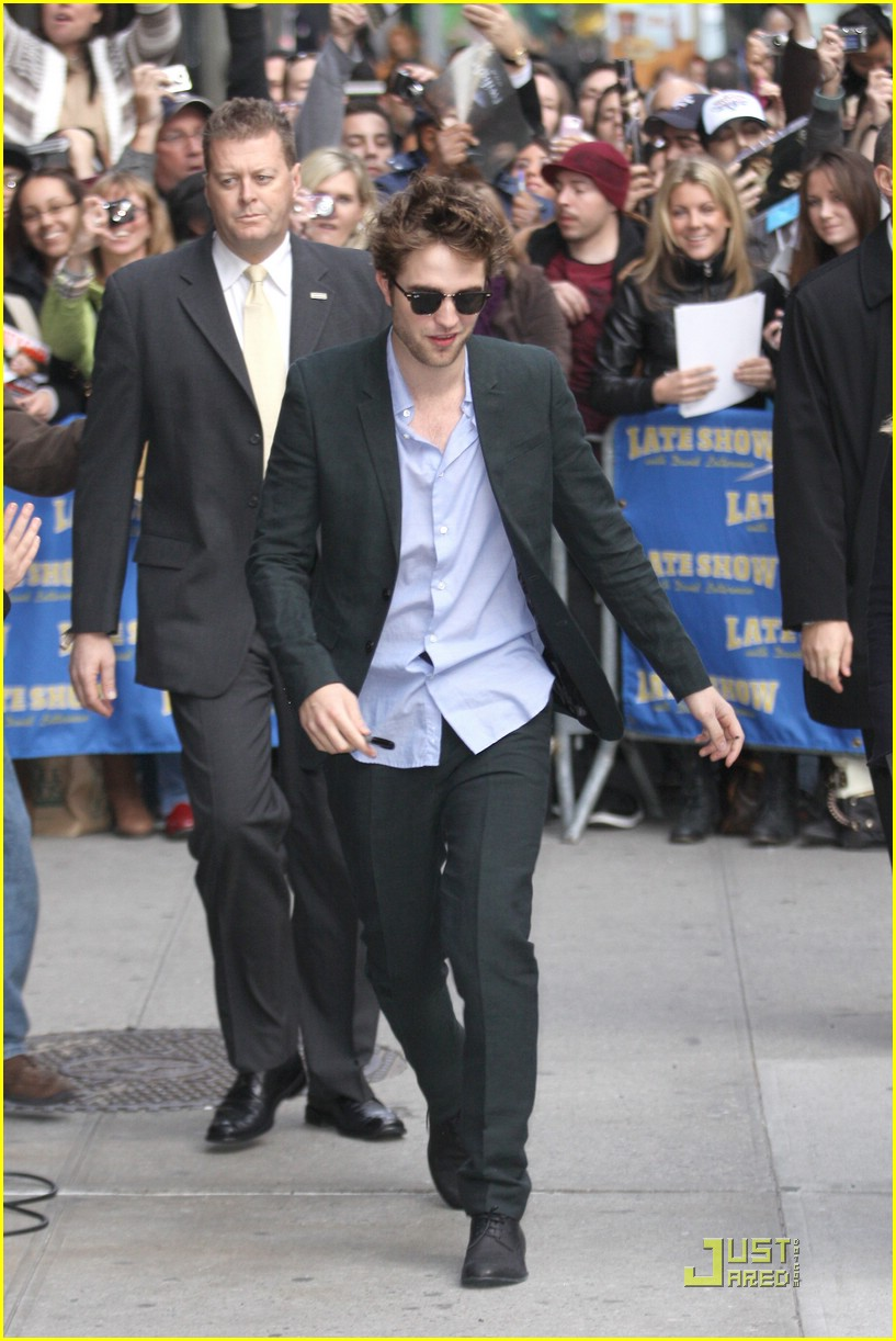 robert pattinson block buster 09