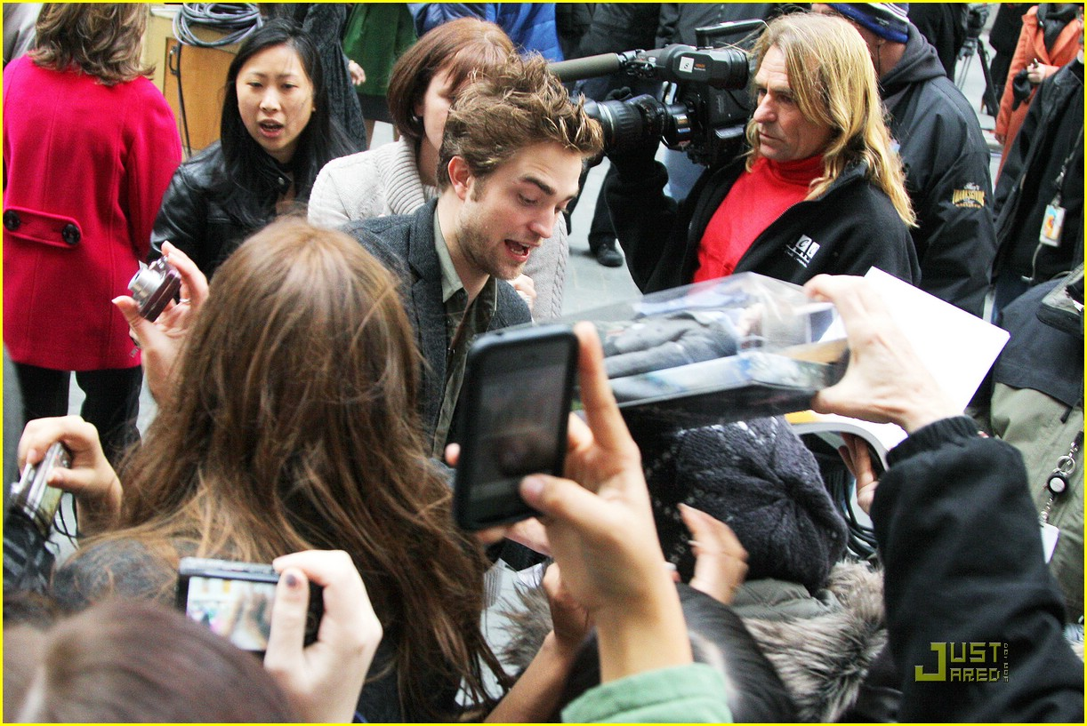 robert pattinson today show 13