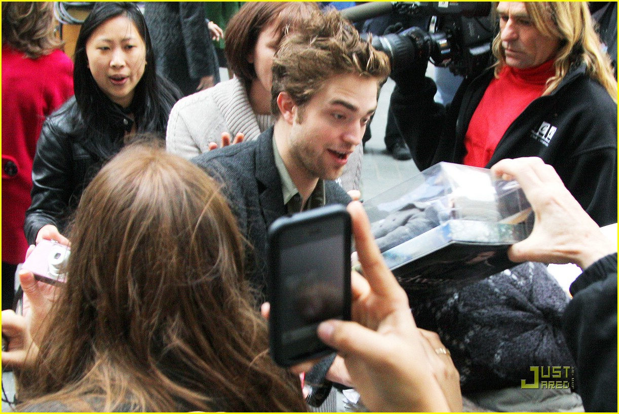 robert pattinson today show 17