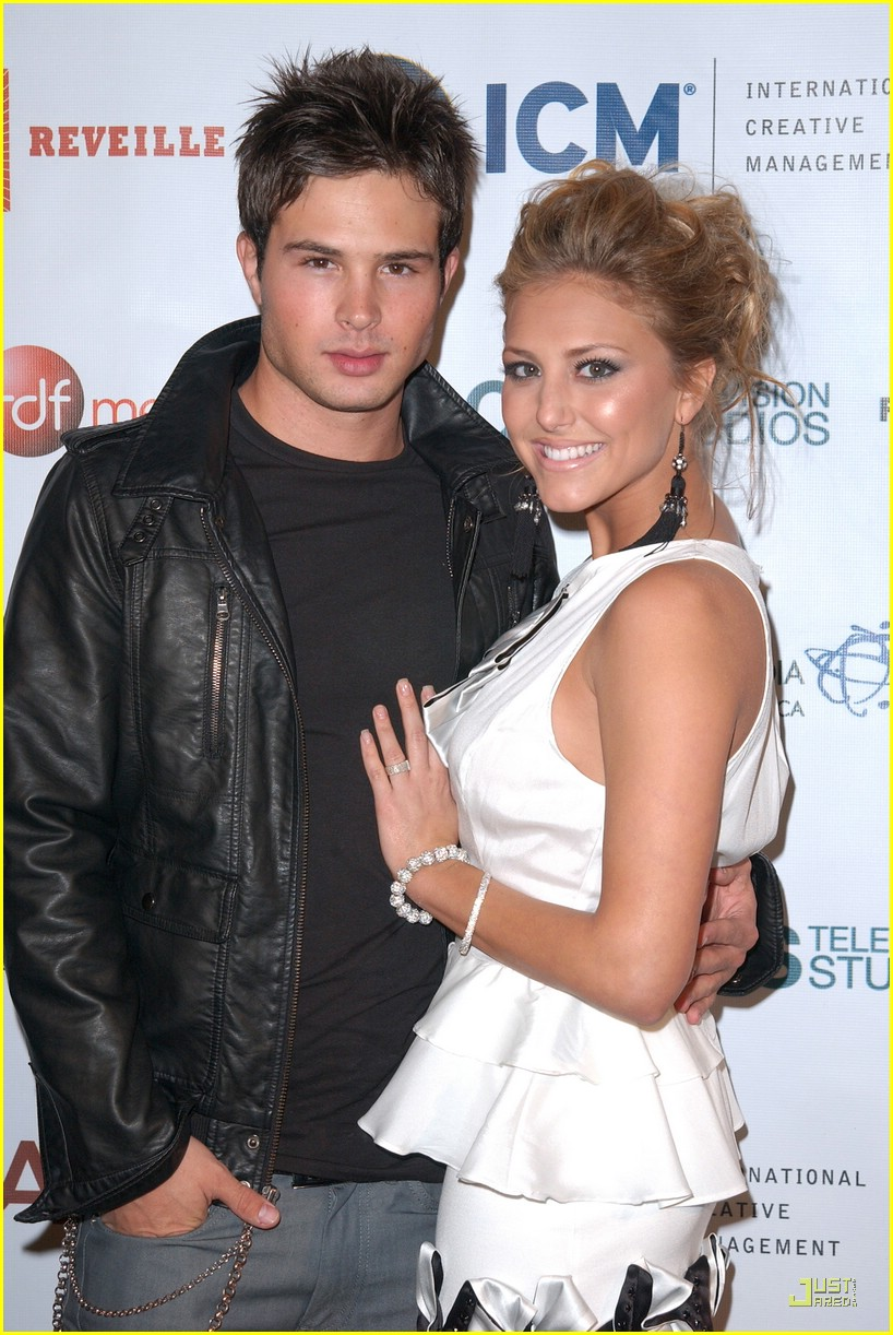 cassie scerbo cody holiday party 03