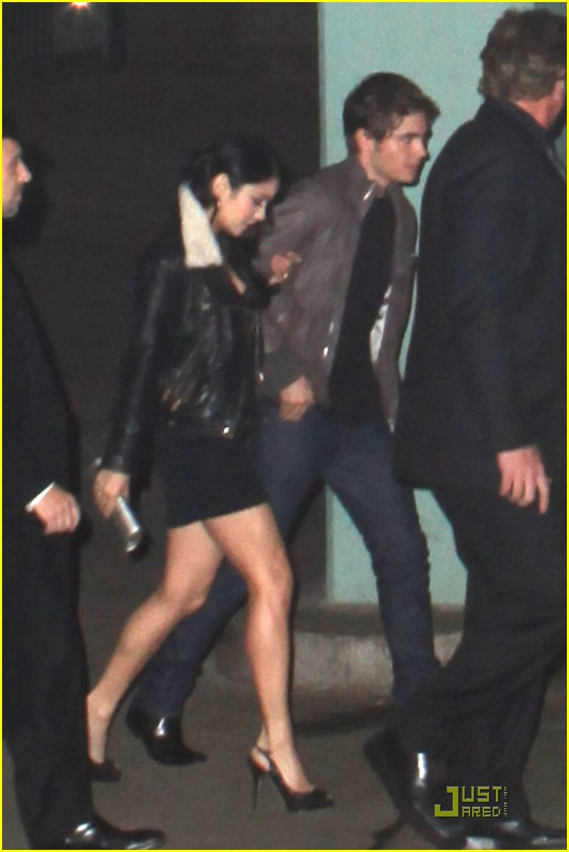 zac efron vanessa hudgens surprise party 10