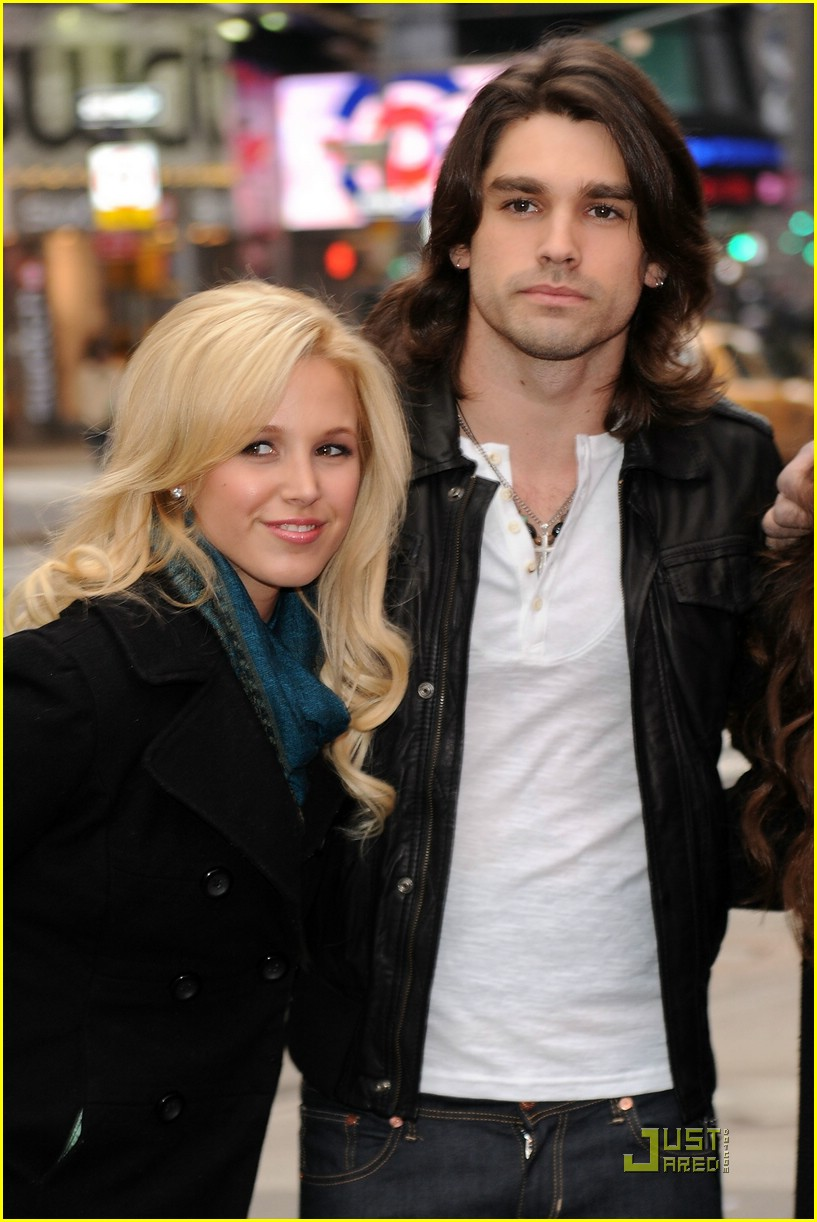 justin gaston miley cyrus heartbreaker 08