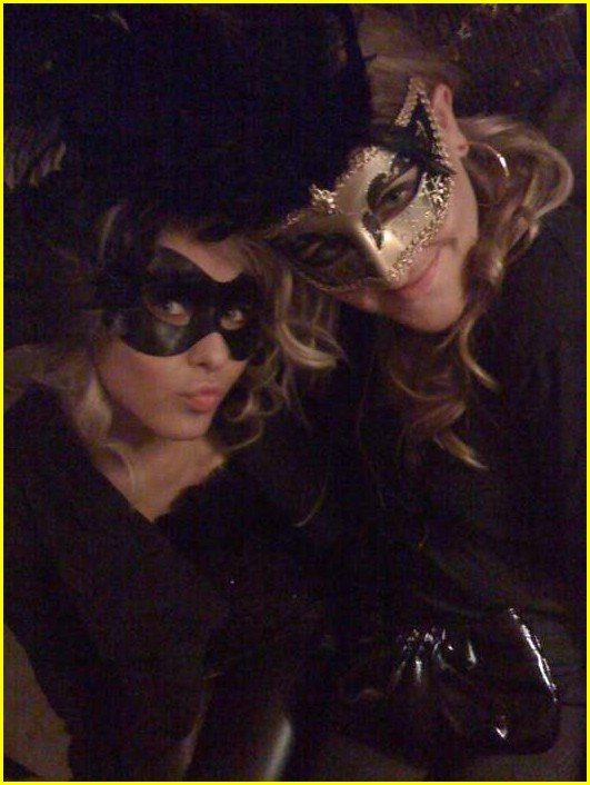 julianne hough masquerade marvelous 03
