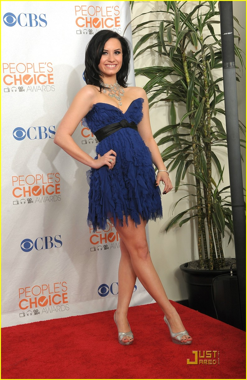 demi lovato people choice awards 21