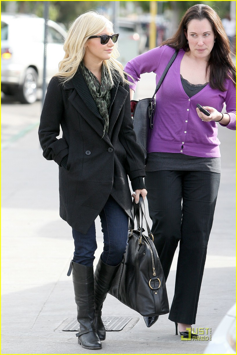 ashley tisdale mos meeting 22