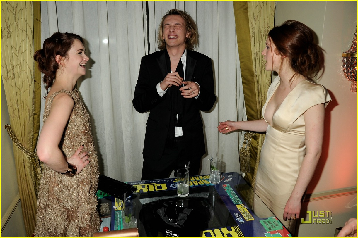 bonnie wright jamie bower prada 11