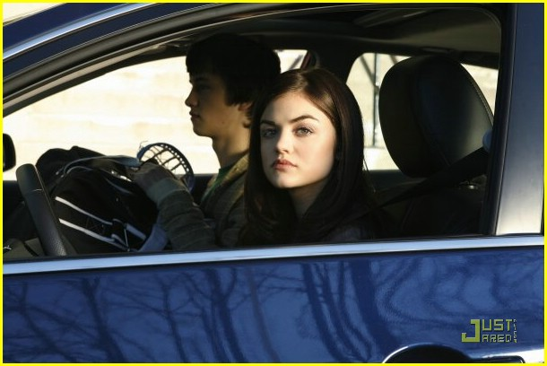 lucy hale pretty liars first look 02