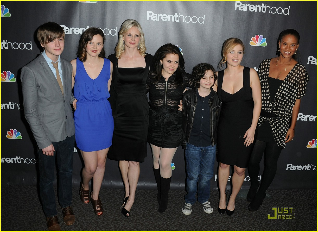 mae whitman parenthood premiere 12