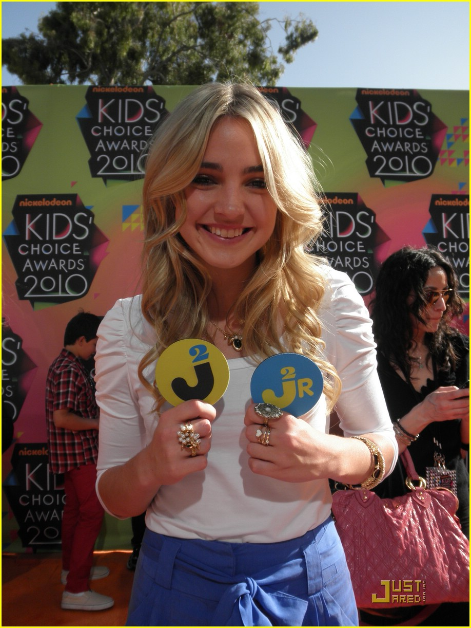 katelyn tarver meaghan martin kcas 04