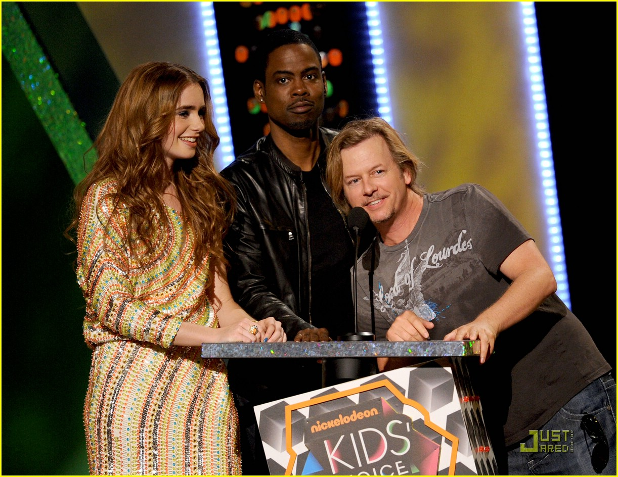 lily collins ryan sheckler kcas 05