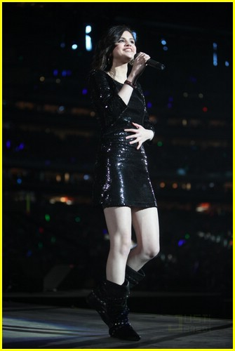 selena gomez justin bieber houston rodeo 12