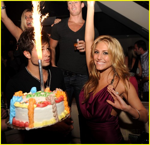 cassie scerbo birthday bash 02