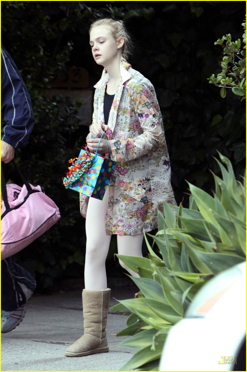 elle fanning birthday 04