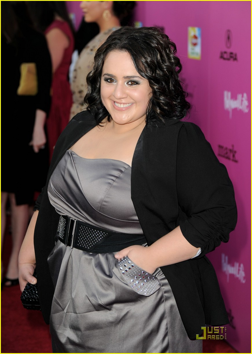 nikki blonsky huge upfronts 03