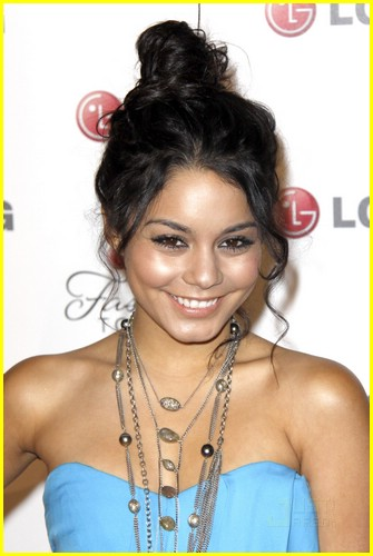 vanessa hudgens lg fashion forward 01