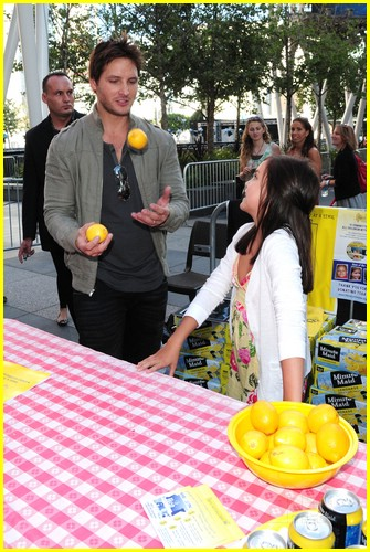 bailee madison peter facinelli lemonade 08