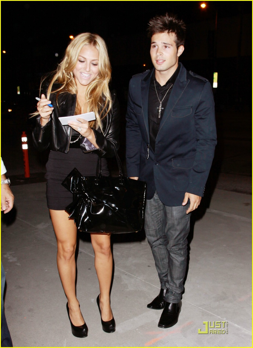 cassie scerbo boa steakhouse 09