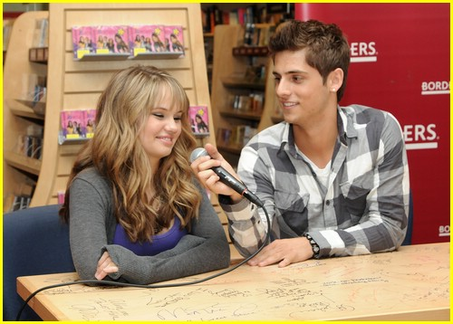 debby ryan borders jean luc 09