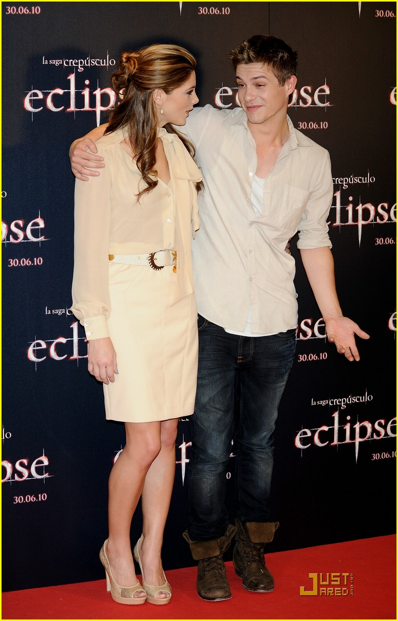 ashley greene xavier samuel madrid 16