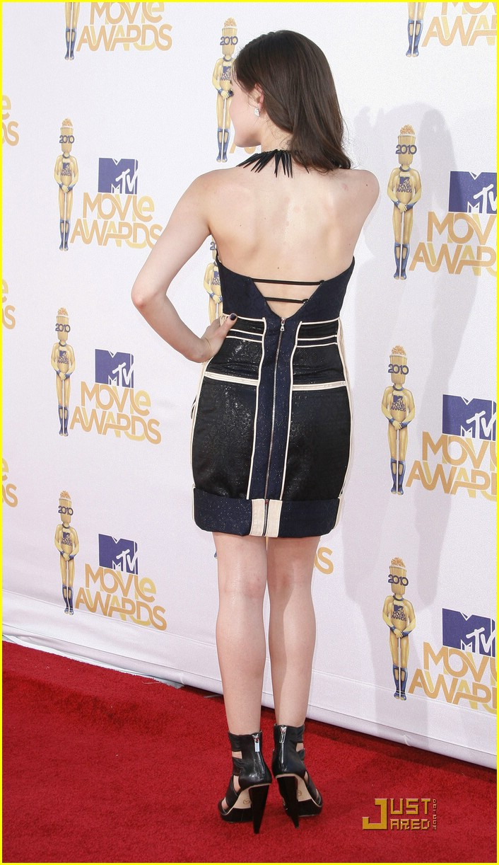lucy hale mtv awards 10