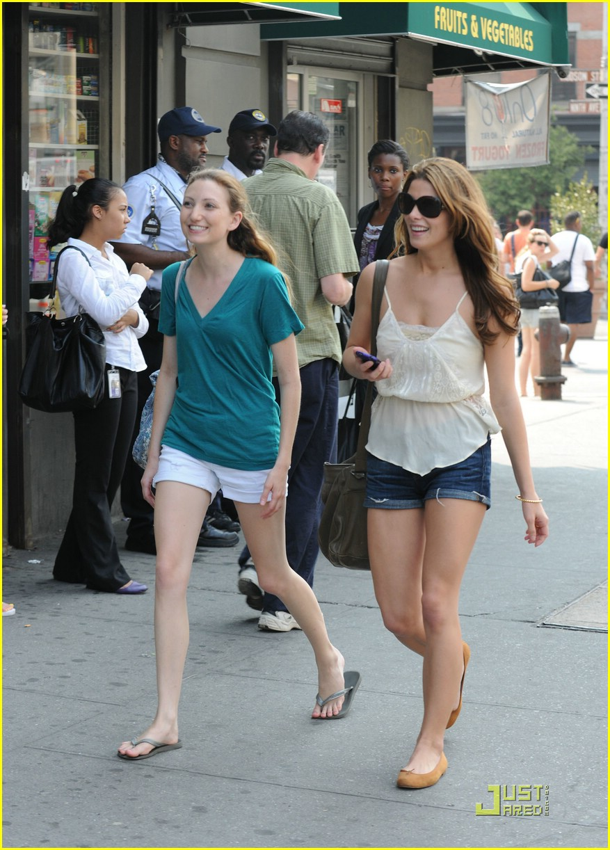 ashley greene big apple deli 14