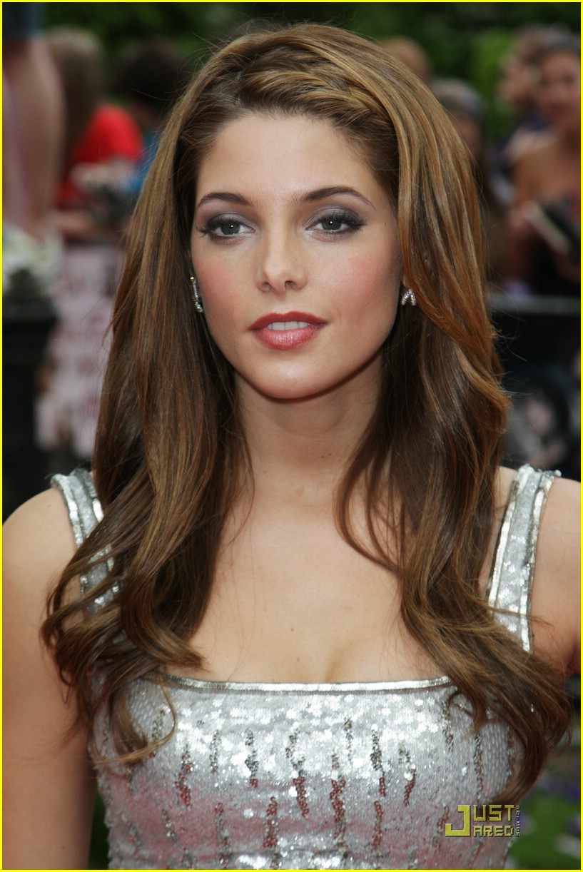 ashley greene silver stunner 22
