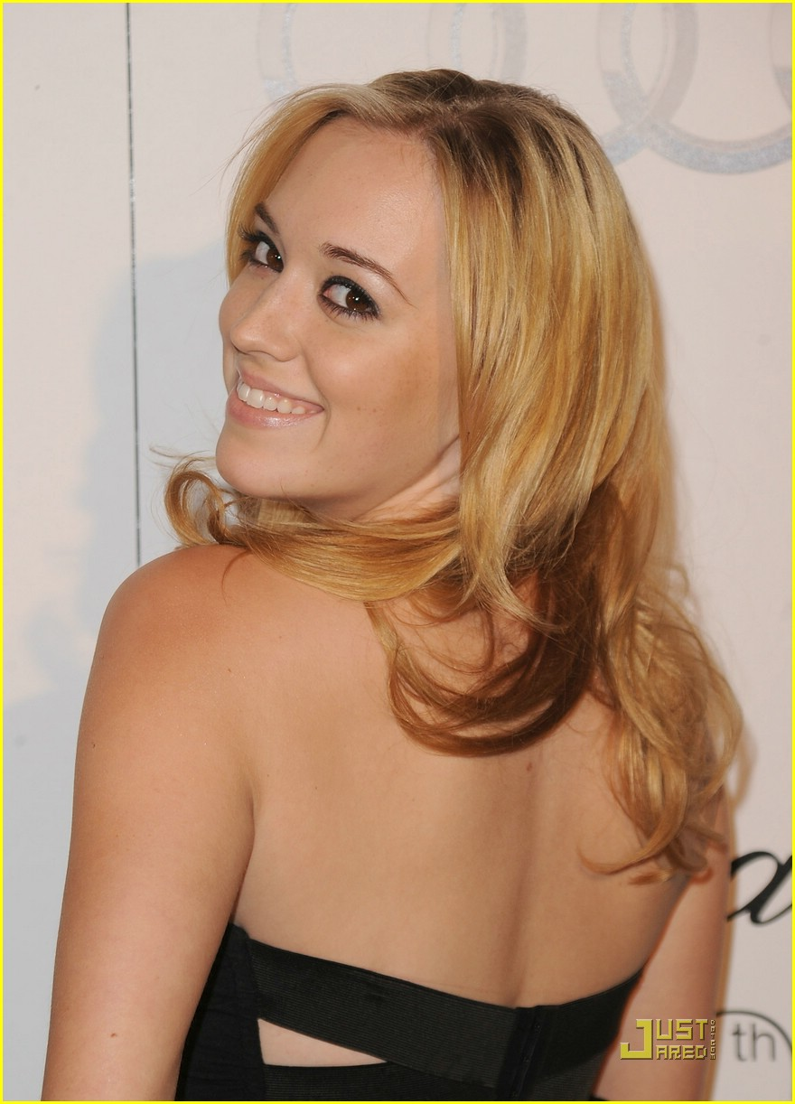 andrea bowen after fall premiere 12