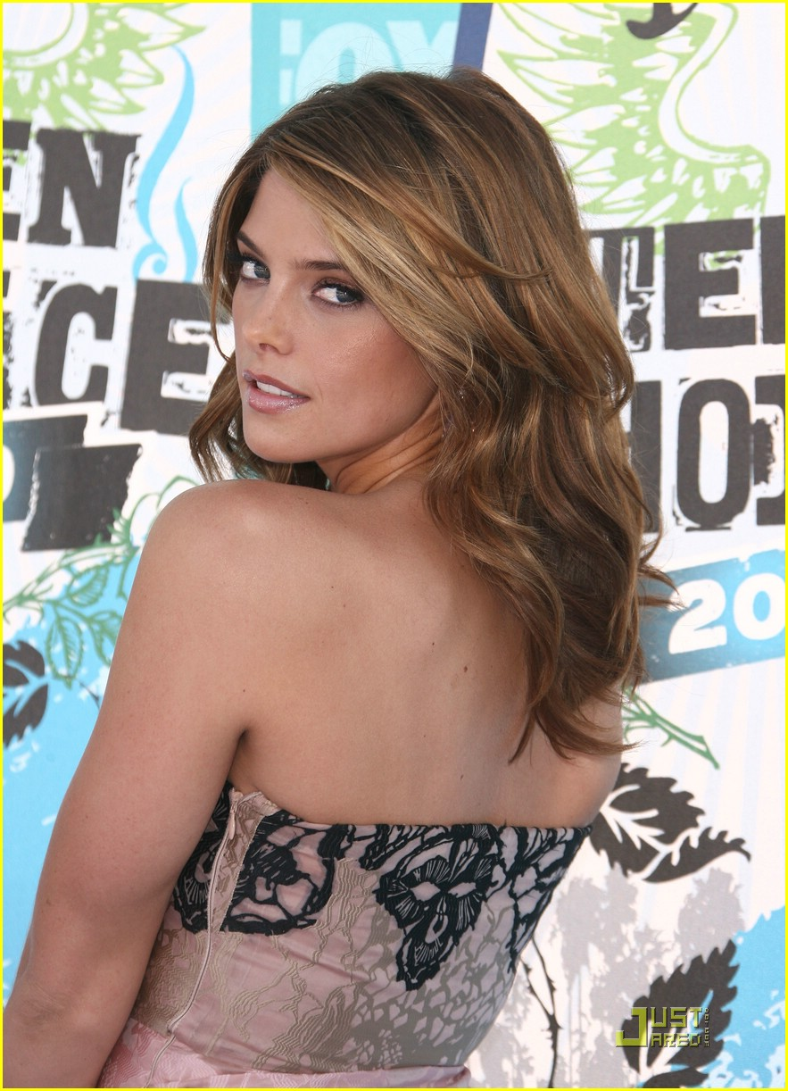 ashley greene 2010 tca 17
